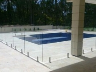Glass Pool Fencing Melbourne - Frameless Glass In BENTLEIGH