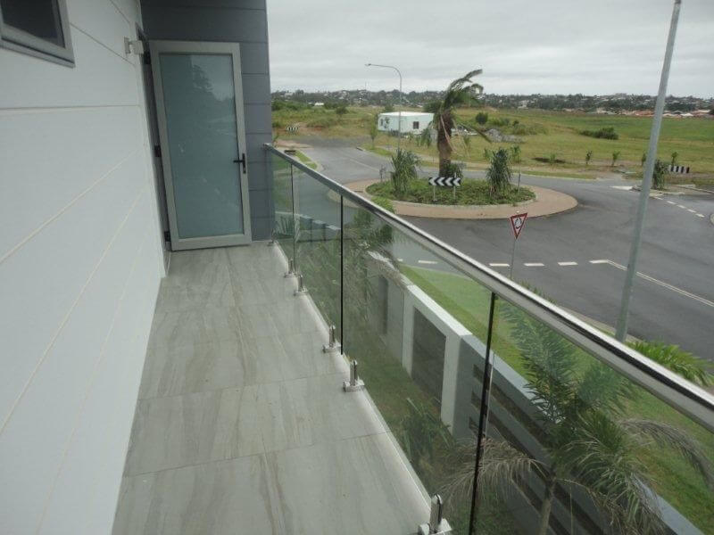 Glass Pool Fencing Melbourne - Glass Balustrade Doncaster