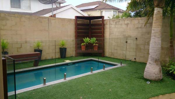 Glass Pool Fencing Melbourne - DIY Pool Fencing